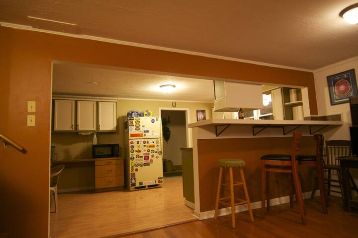 Fully-appointed kitchen