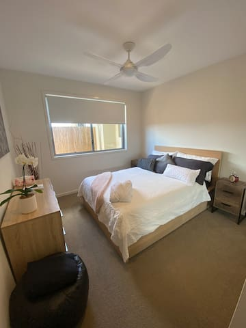 Modern Double bedroom with private bathroom.