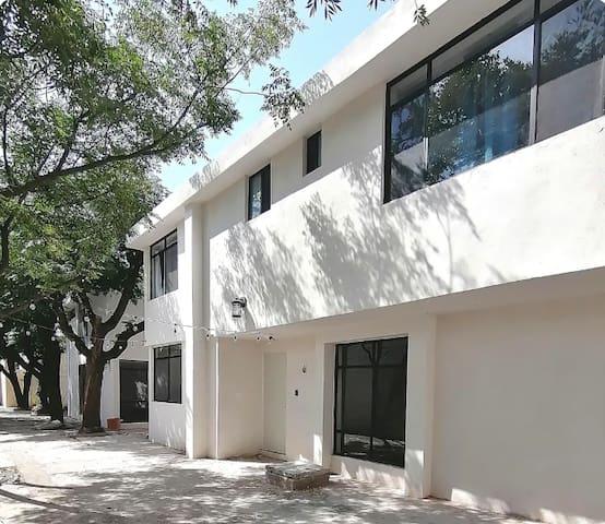 Casa Hermosillo-Nueva en privada c/estacionamiento