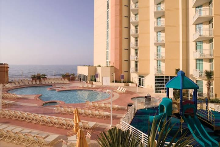2 Bd Presidential Oceanfront at Ocean Blvd - North Myrtle Beach - Villa
