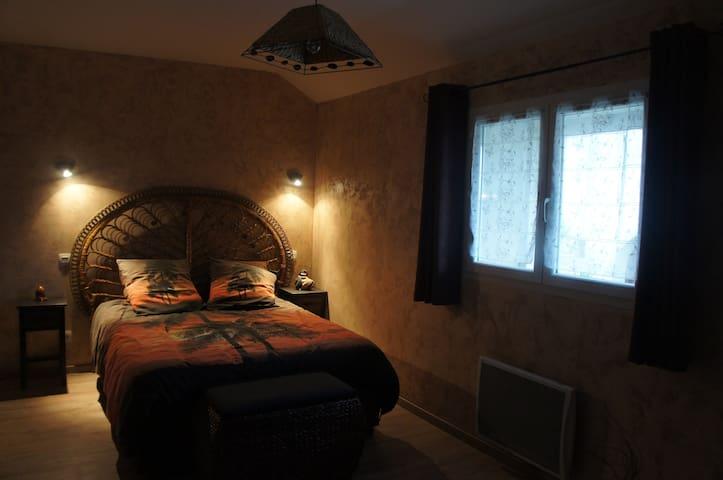 "Chambre ""Ibis"" - Maison Antony - Heugas - ที่พักพร้อมอาหารเช้า"