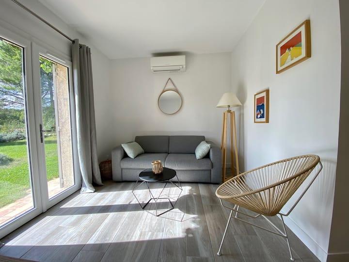T2 Petite maison  40 m2 dans la pinède
