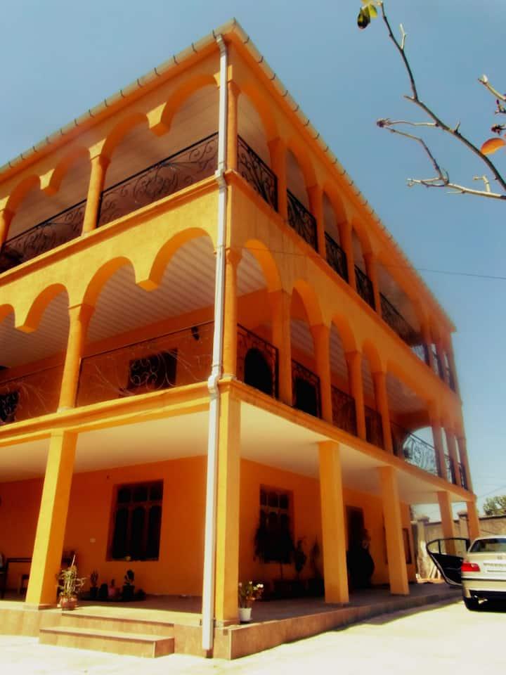 alex guest house