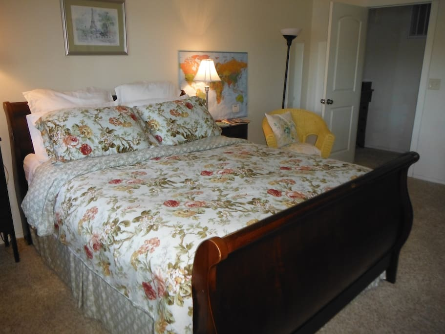 Comfy Queen bed complete with down comforter...