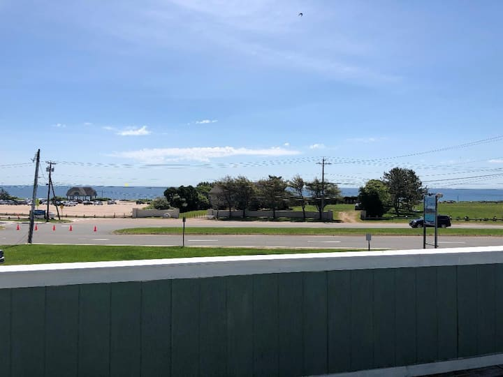 Ocean view-newly renovated apartment-Admirial #A