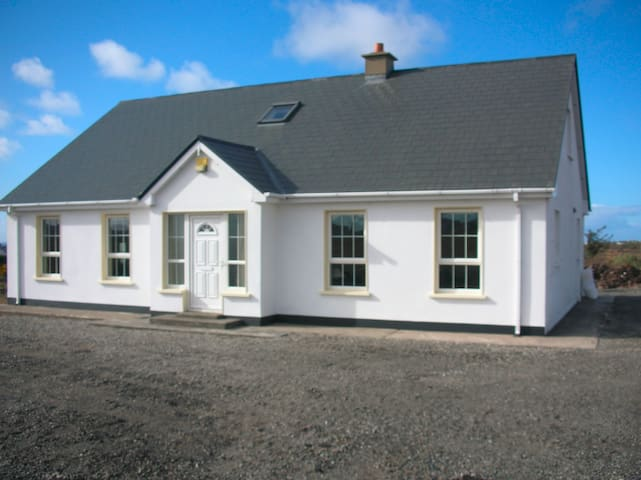 5 bed house Annagry, Co. Donegal - Annagry - Casa