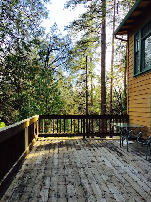 Back deck to enjoy the birds chirping and BBQ time!