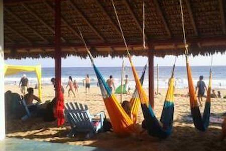 Sativa Circo Hotel , Zipolite,Oax - Puerto Escondido