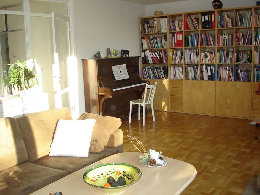 God plads på gulvet til at danse eller lege