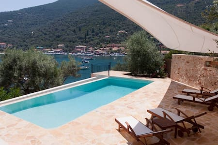 Villa Sivota, Beach, Pool & Cinema - Apollonioi