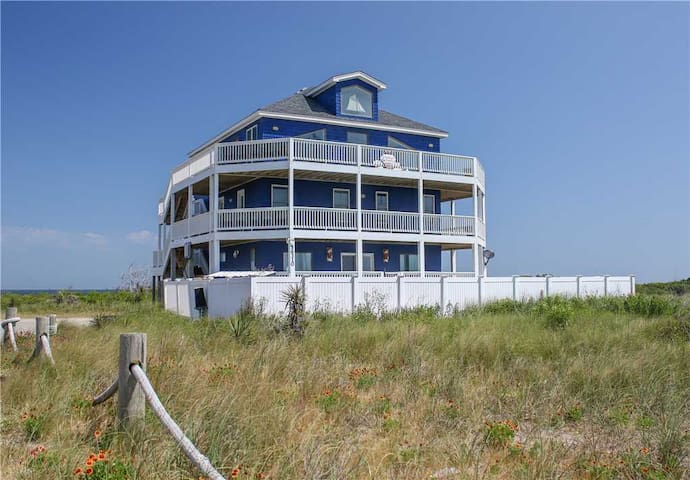 OBX Oasis  OCEANFRONT w/Pool&HotTub, RecRoom, Pets