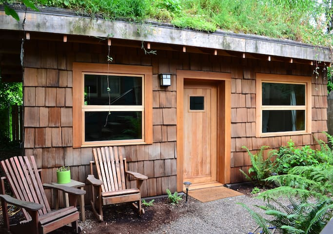 Eco Cottage, Great Location