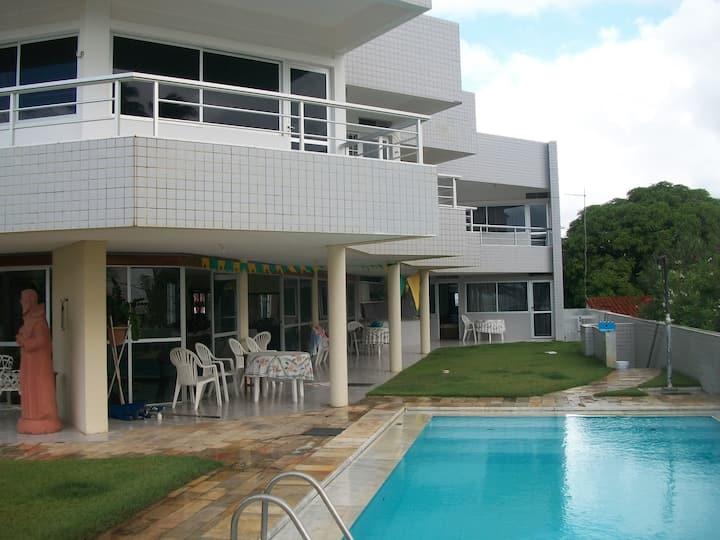 Temporada a Beira Mar de Maria Farinha