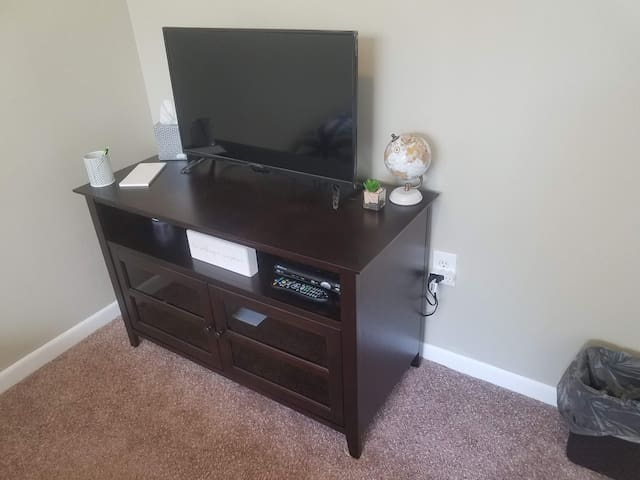 TV in bedroom with cable