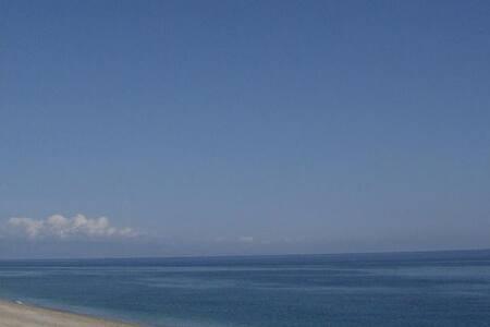 Monolocale Sul Mare, Taormina. - Letojanni