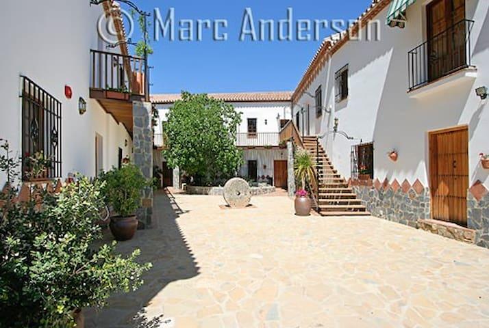 Hotel Molino Cuatro Paradas - Ronda - Bed & Breakfast