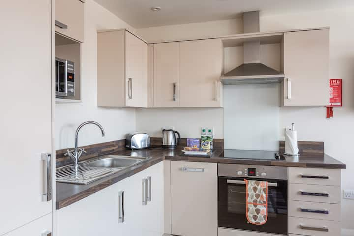 Deluxe Two Bedroom apartment at City Wall House by House of Fisher