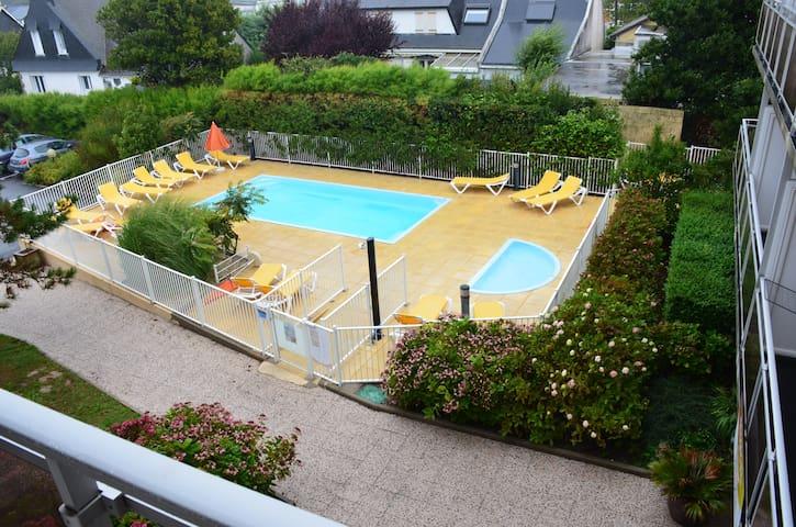 (209) Studio avec piscine + parking, proche plage - Quiberon