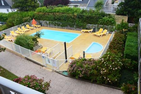 (209) Studio avec piscine, proche plage - Quiberon