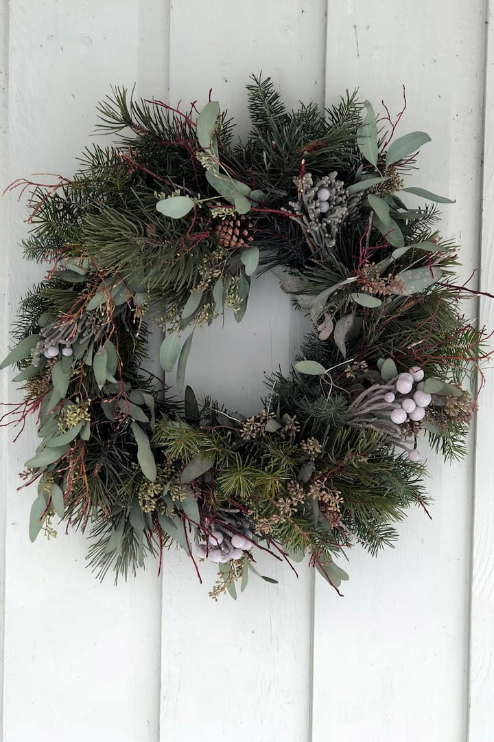 No two wreaths are the same