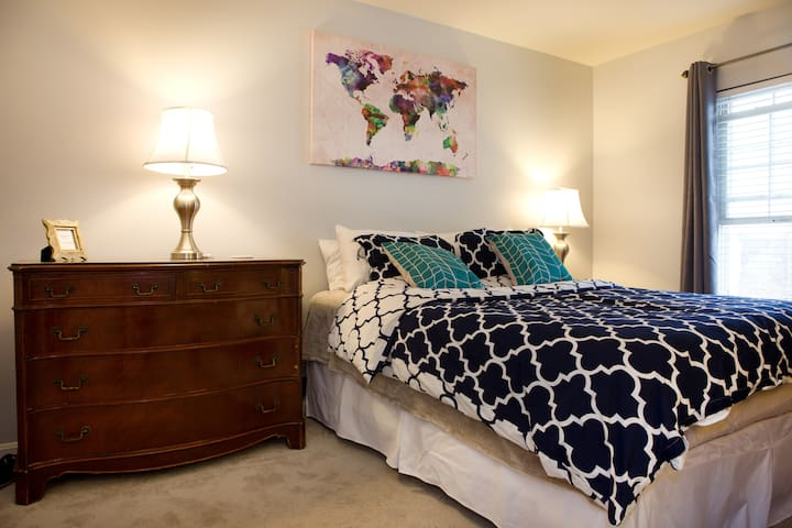 Comfortable Room Near Annapolis/DC - Edgewater - Townhouse