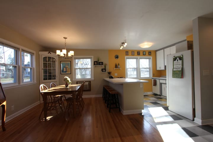 Bright, Cozy House in the Middle of Everything! - Minneapolis - Maison