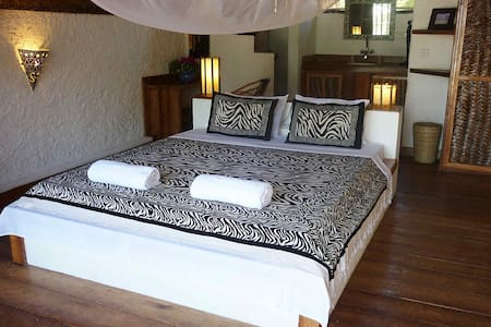 Kae Funk Resort - Michamvi Kae - Bed & Breakfast