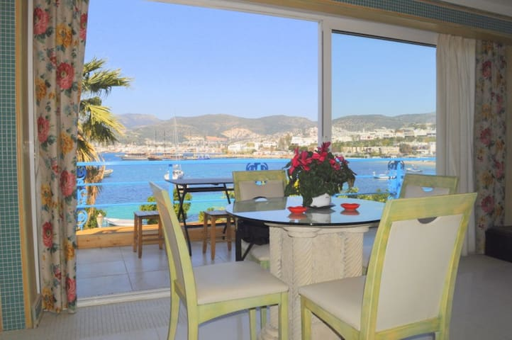 Kumbahçe sea view Luxury apartment - Bodrum - Ev