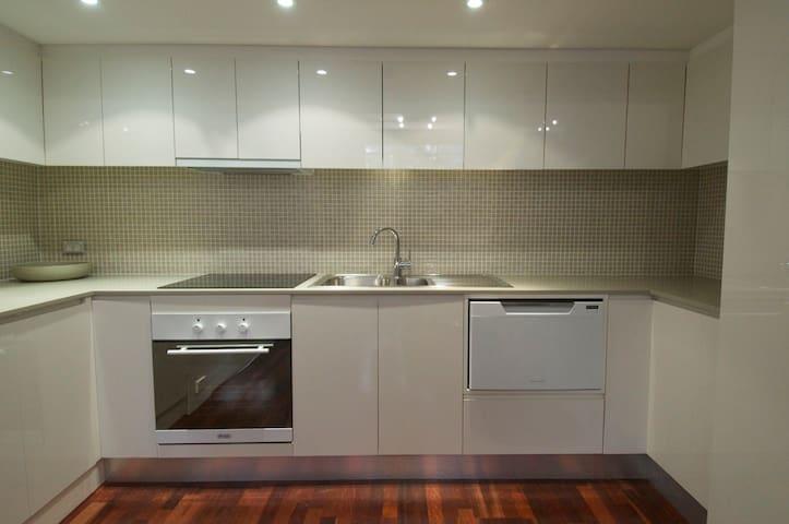 Modern, recently renovated kitchen