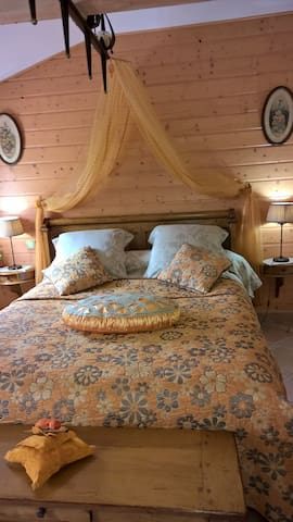 BED AND BREAKFAST PUYGAREAU - Baignes-Sainte-Radegonde - Bed & Breakfast