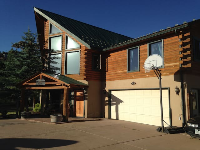 Modern Log Home, Spectacular View - BR #1 - Edwards