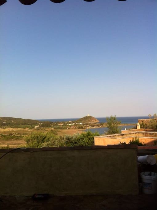Sea view from the big dehor. The house has a big patio with eight people table and an indipendent garden
