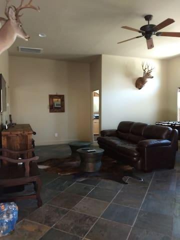 Buck N Buffalo Ranch Guest House