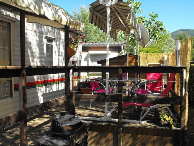 Vacances au calme - Ornolac-Ussat-les-Bains - Camper