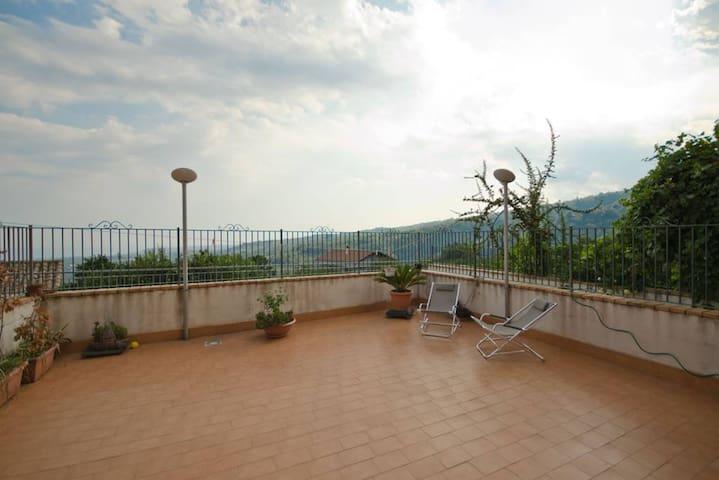 Beautiful apt with terrace