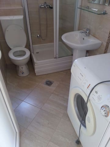 Two Bedroom Apartment, Zivanovic