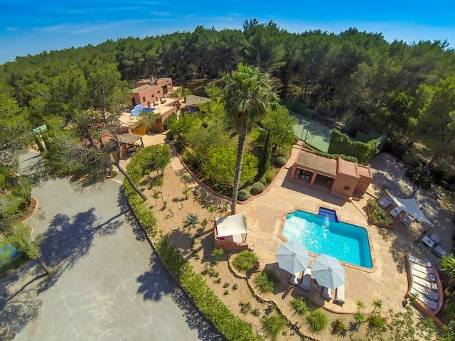 Magic villa in the heart of Ibiza - Santa Eulària des Riu - House
