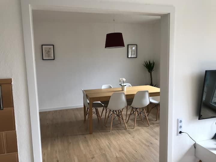 Comfortable Apartment 20 min. to Airport Stuttgart