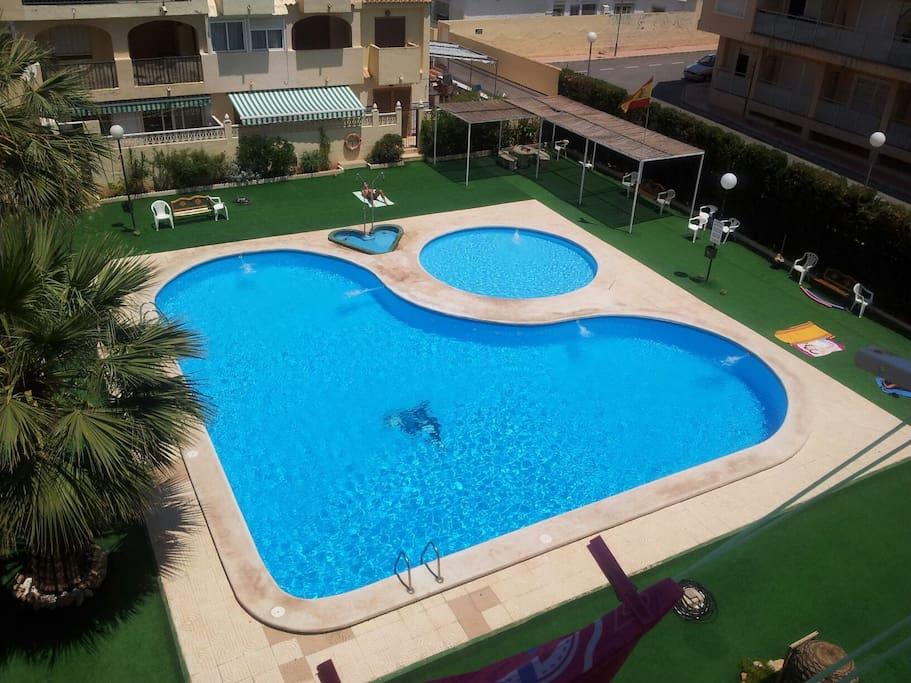 2hab piscina cerca de playas apartamentos en alquiler for Piscina playa de madrid