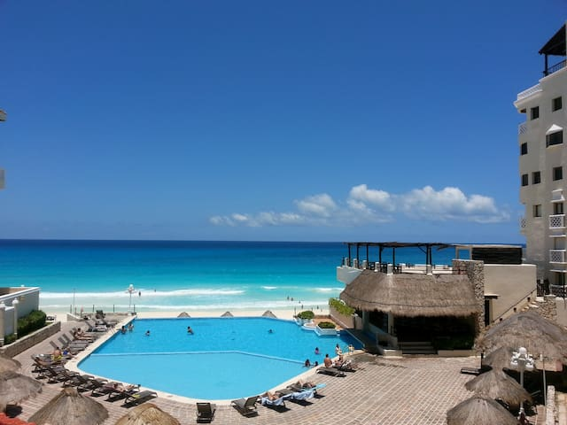 CANCUN PLAZA Studio Ocean View.