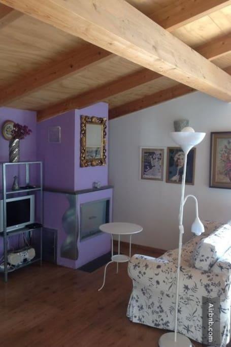 Casa degli scalzi appartamenti in affitto a napoli for Appartamenti in affitto arredati napoli
