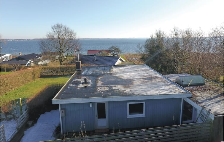 Holiday cottage with 2 bedrooms on 72 m² in Gråsten