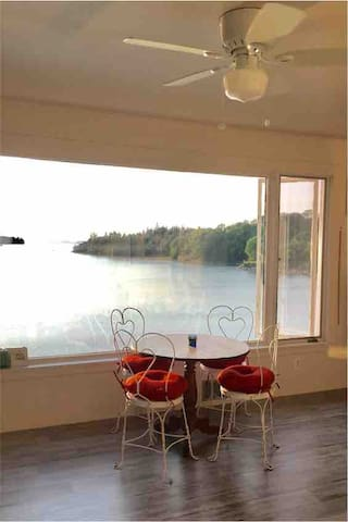 Ocean Front - Amazing View - Deer Isle Village Apt