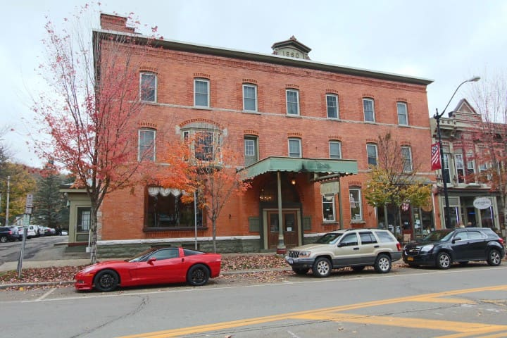 Downtown Ellicottville - minutes to Ski Resorts - Ellicottville