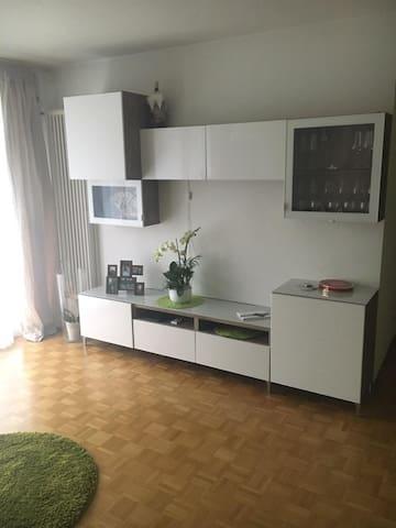 Ein sonnige Wohnung für 1 oder 2