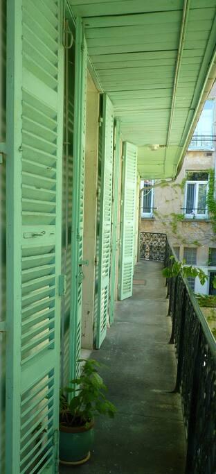 un balcon à votre disposition
