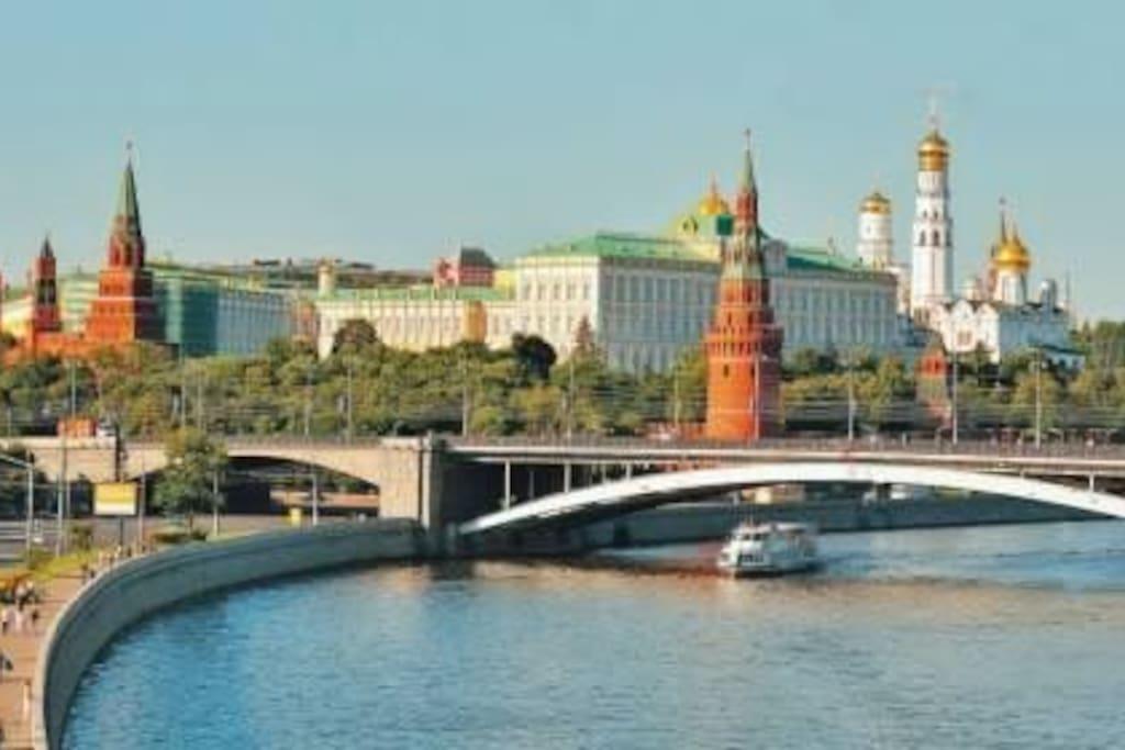 Речные прогулки доступно 15 мин до метро Пролетарская