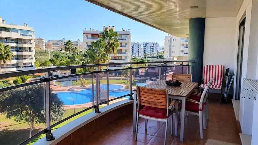 ★ Large Terrace. Enjoy Beach, Pool and Sun