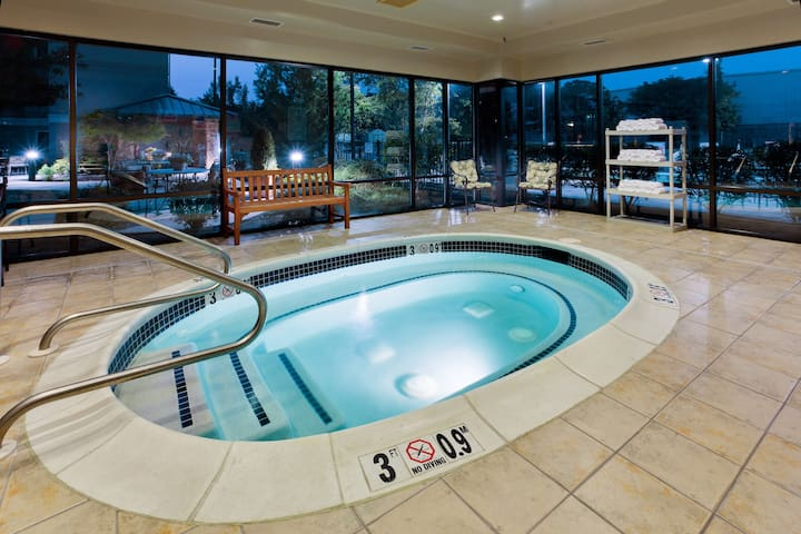 Hearing Accessible Suite Near ABE with FREE 24h Airport Shuttle | Shared Hot Tub Access