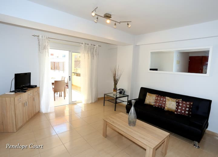 Comfortable Apartment, 340 Metres From The Beach